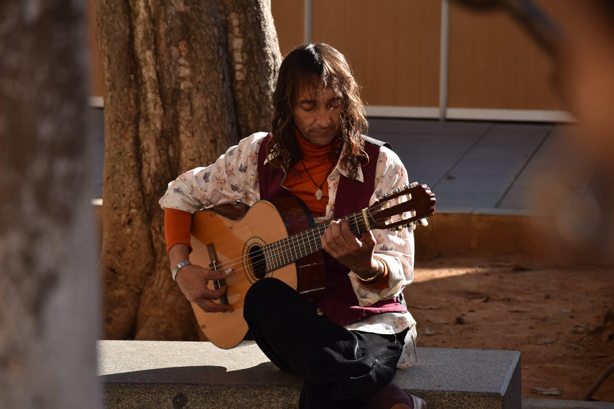 spanish.guitar.color_Timon_Prosper